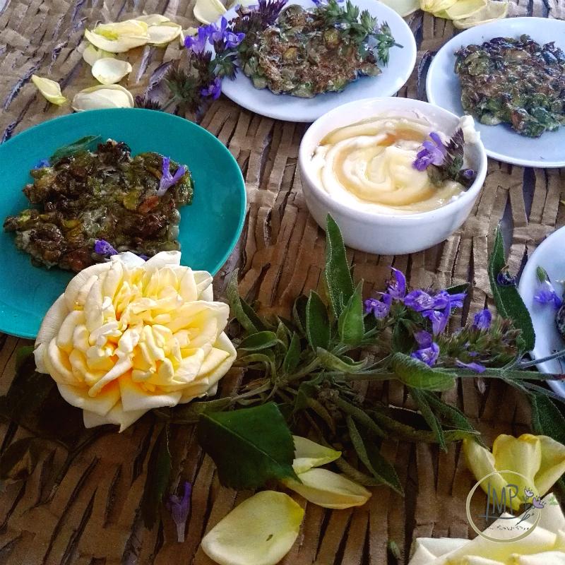 Mini rosti Fave ed erbe aromatiche con salvia e rose