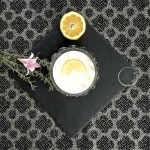 Prosecco in gelatina Ingredienti panna e limone
