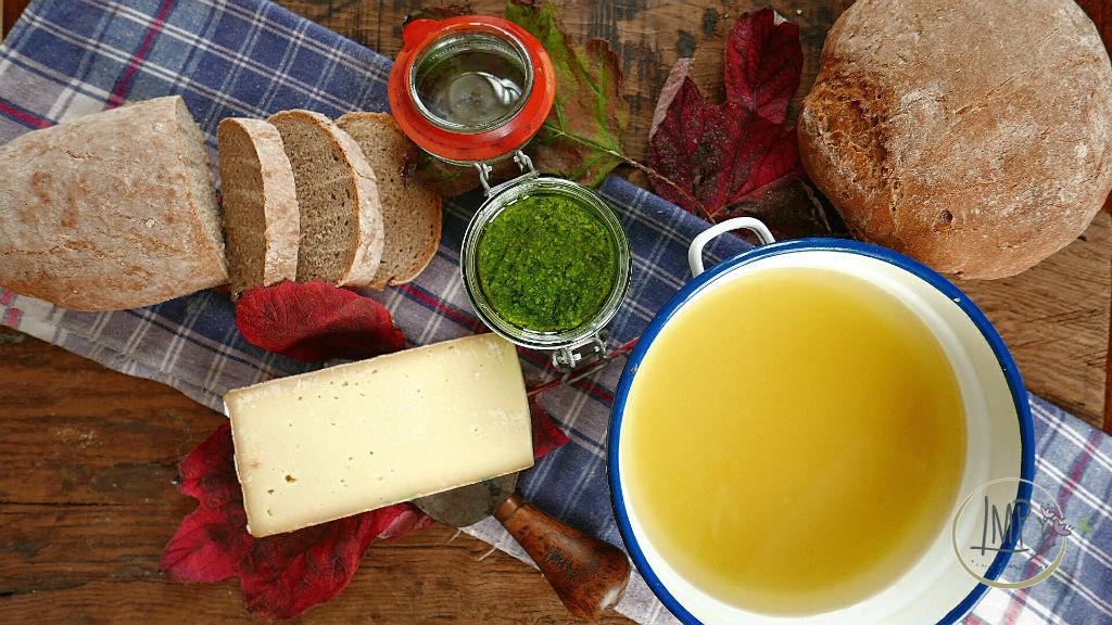 Zuppa Valdostana alla Portofino Ingredienti per preparare la ricetta