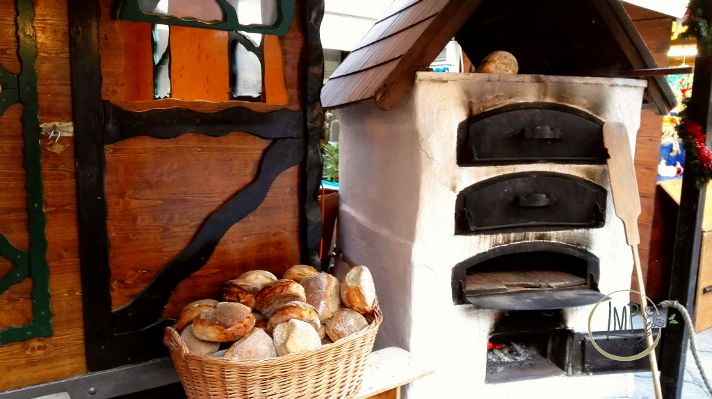 Dinnede Schlossbeck forno con pagnotte
