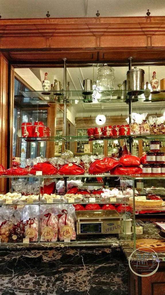 Natale a Genova Cavo vetrina