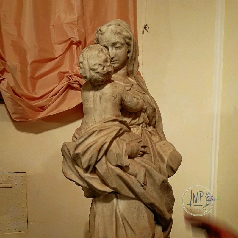 Natale a Genova presepe Madonna