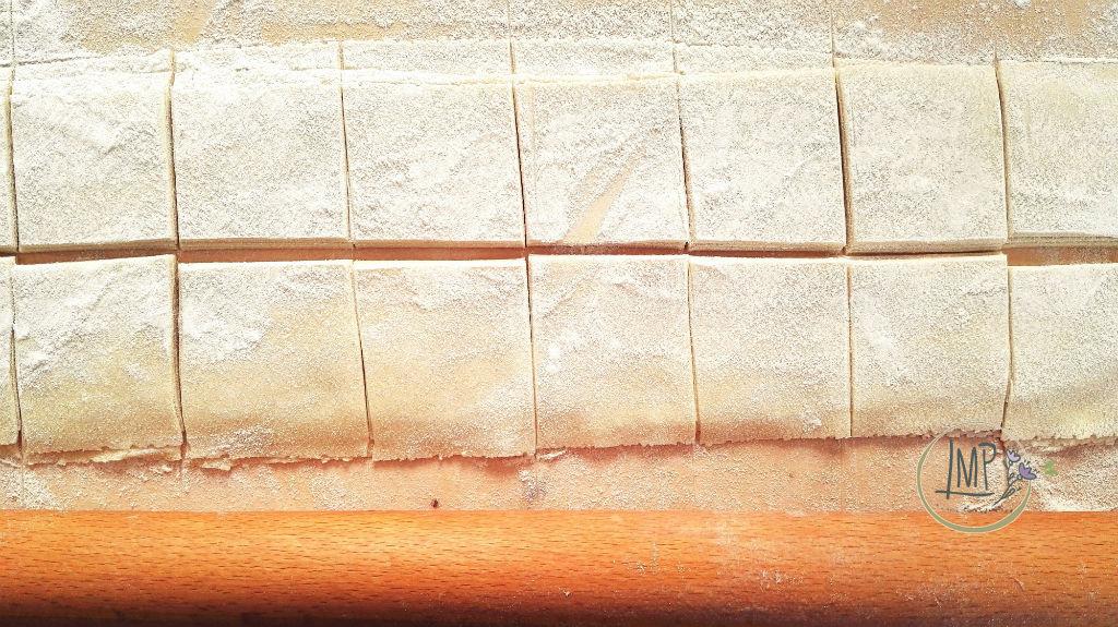 Mandilli de sea taglio lasagne tagliate