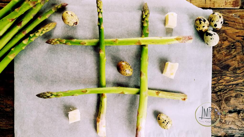 Torta salata con asparagi Ingredienti asparagi, uova di quaglia e formaggio