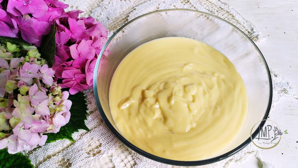 Torta della nonna crema pasticcera