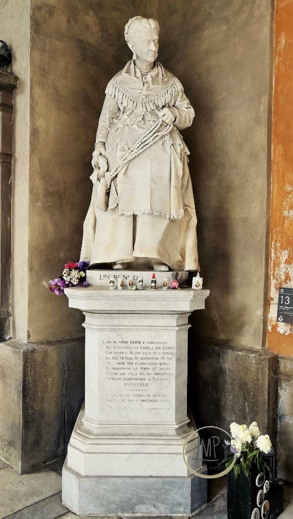 Caterina Campodonico statua