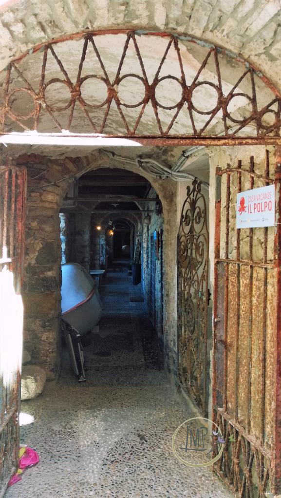 Tellaro Sotto-ria cancello