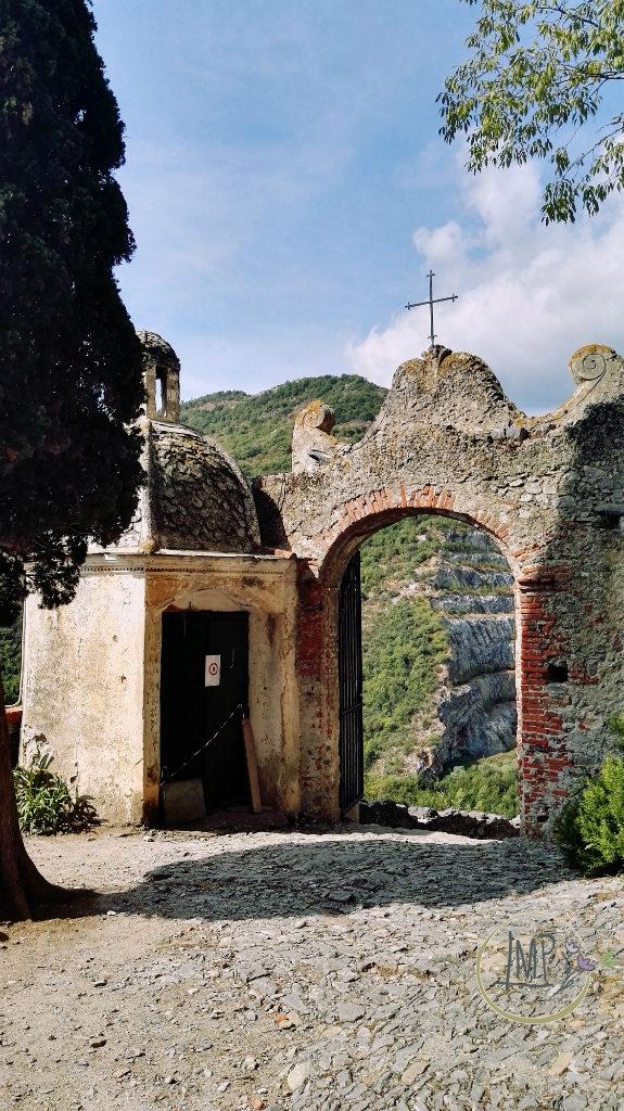 Santa Lucia di Toirano entrata