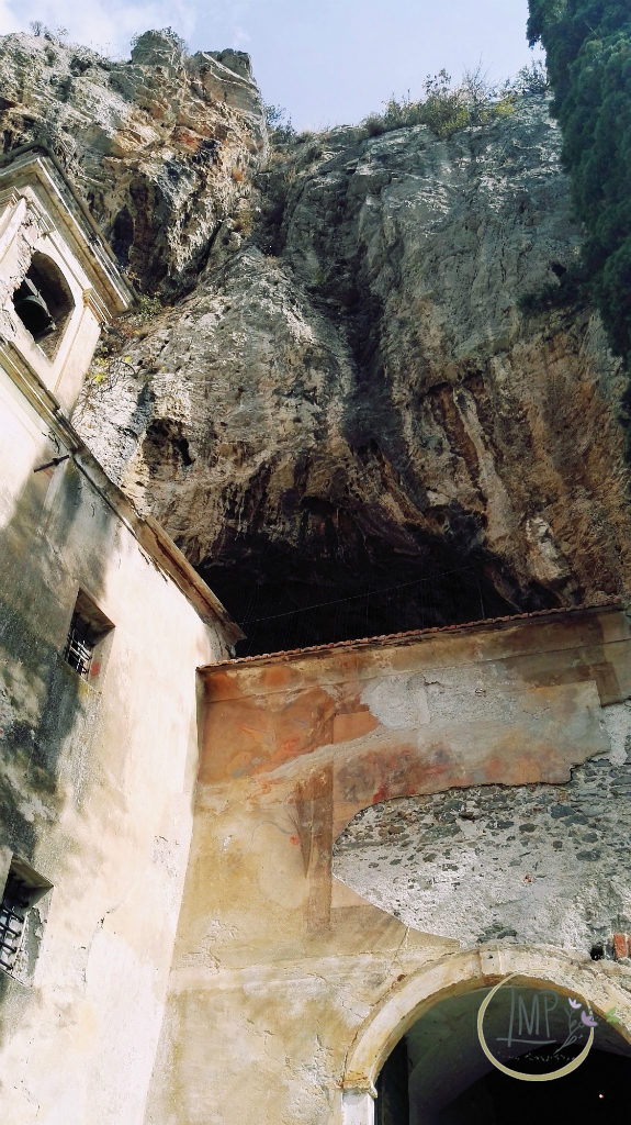 Santa Lucia di Toirano campanile