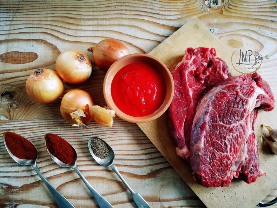 Gulasch ungherese ingredienti