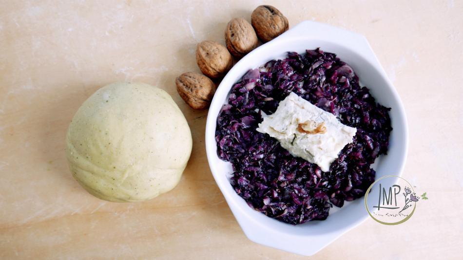 Ravioli radicchio gorgonzola preparazione ripieno ravioli