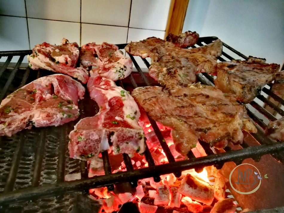 Arrosticini abruzzesi cottura bistecche