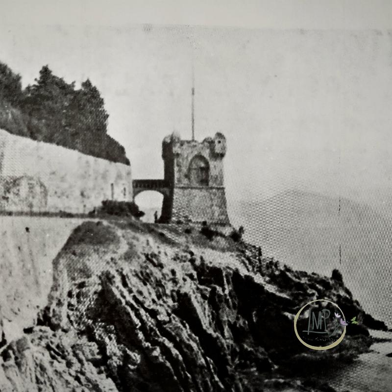 Passeggiata Nervi torre Fieno vecchia immagine