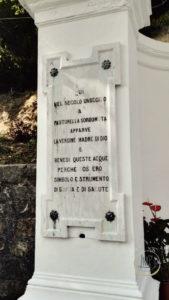 Santuario delle Tre Fontane Acqua dettaglio2
