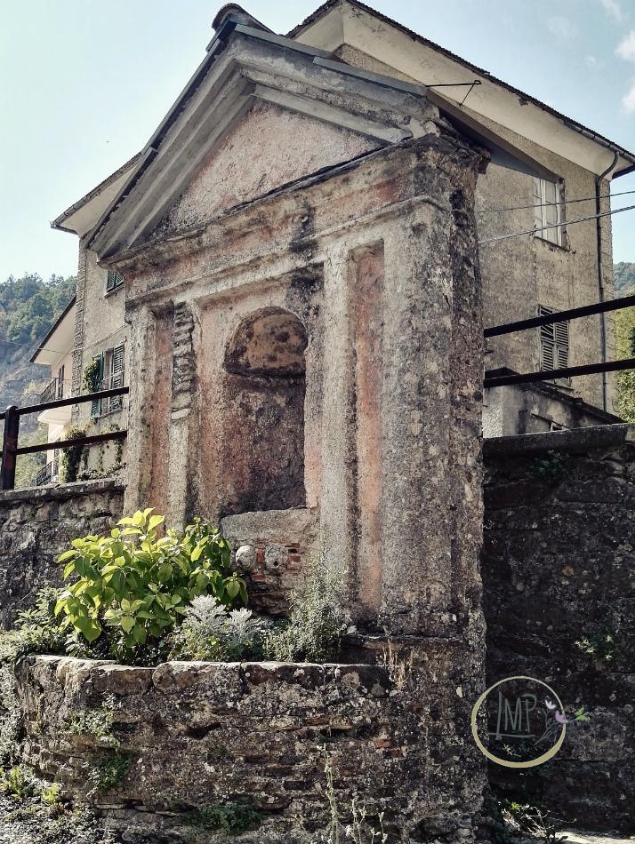 Santuario delle Tre Fontane edicola