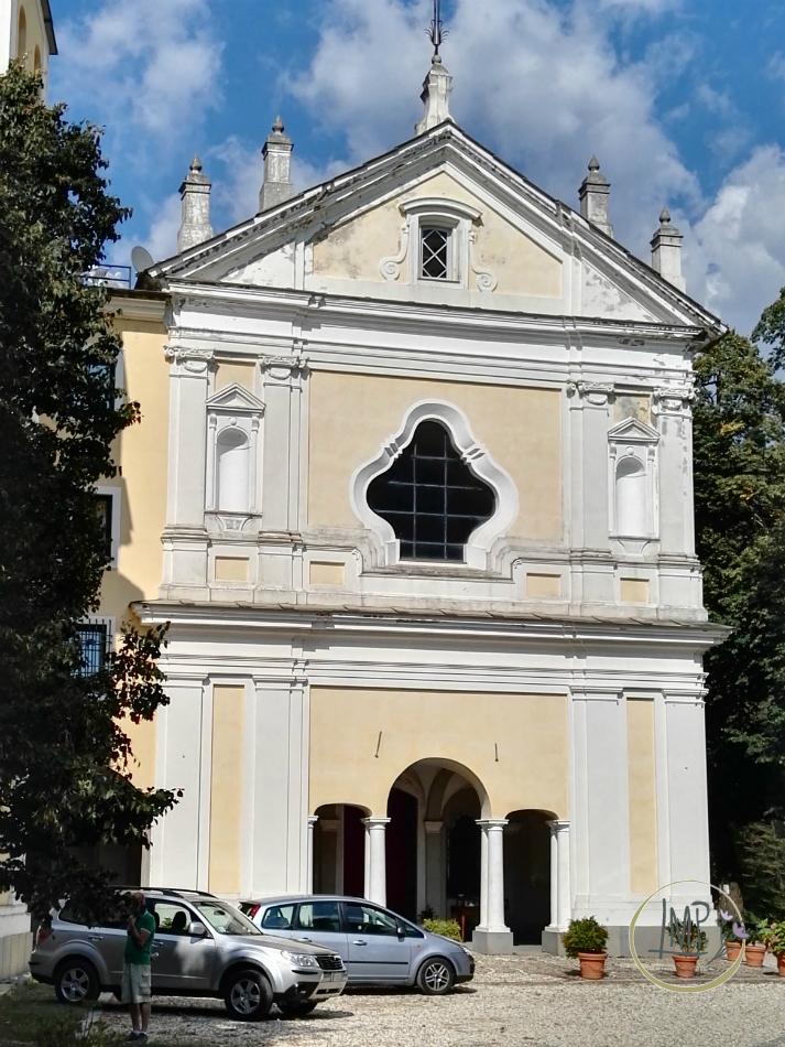 Santuario delle Tre Fontane facciata