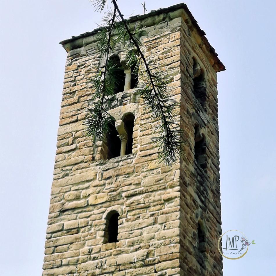Campanile chiesa San Martino di Lignera dettaglio