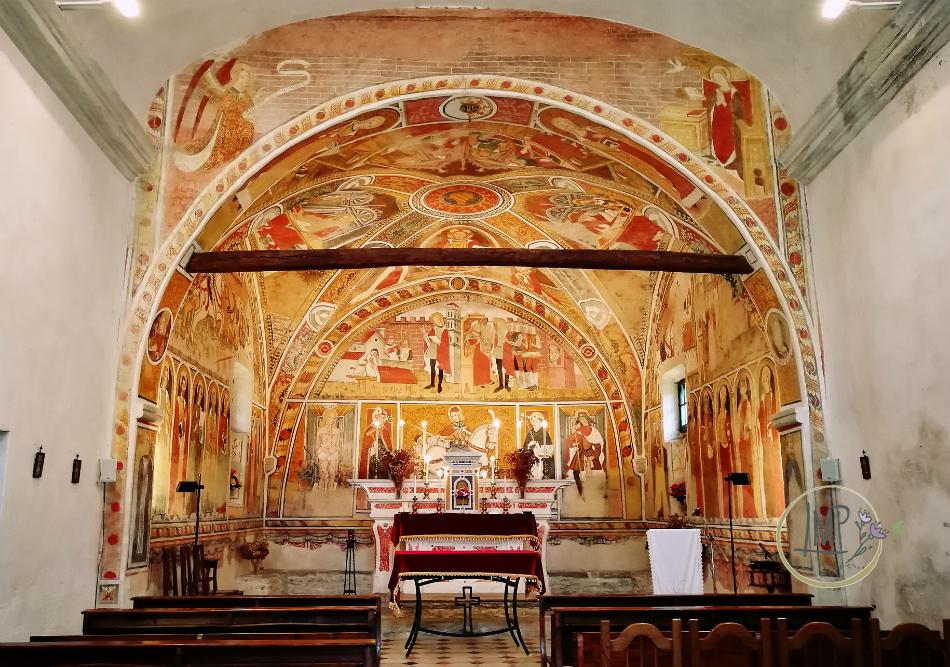 Interno Chiesa San Martino di Lignera