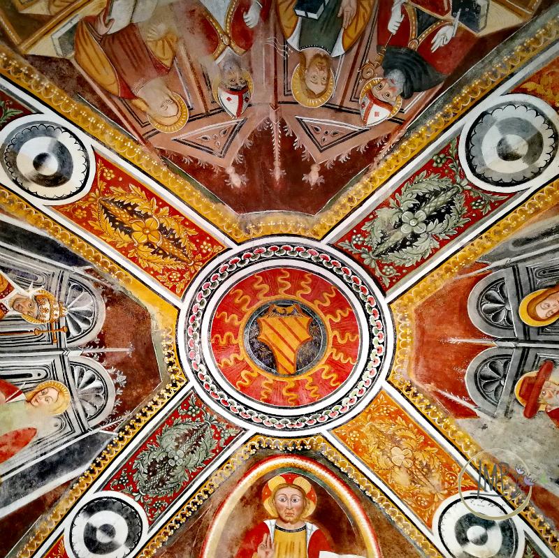 Stemma dei Signori del Carretto e Cristo Pantocratore