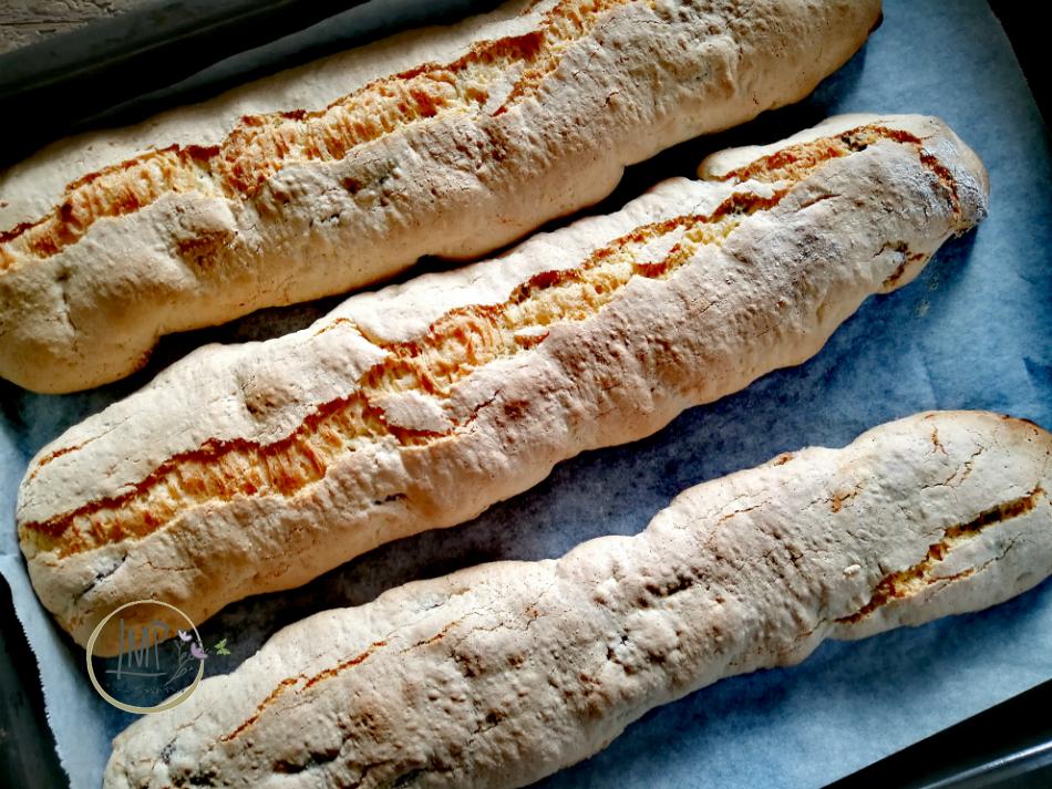 Preparazione biscotti prima cottura