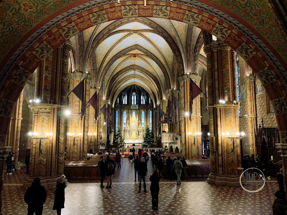 Budapest in 3 giorni Chiesa di Mattia Mátyás-templom interno