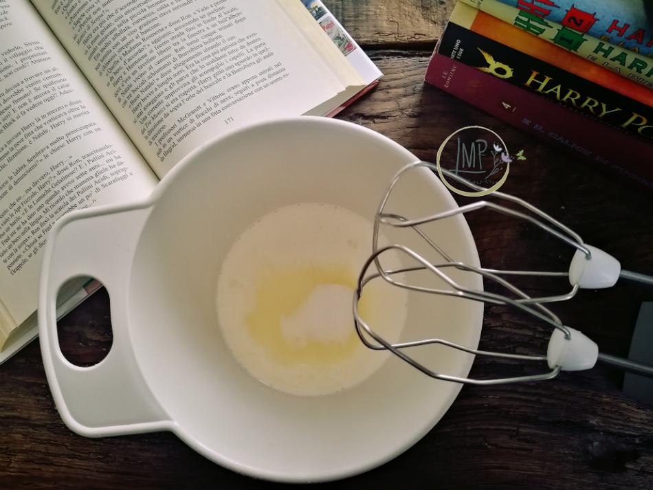 Panna da montare per la schiuma della burrobirra